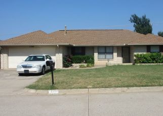Pre Foreclosure in Oklahoma City 73162 BEVENSHIRE RD - Property ID: 1544187865