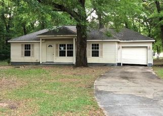Pre Foreclosure in Holt 32564 3RD AVE - Property ID: 1544255753