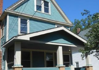 Pre Foreclosure in Lakewood 44107 SPRING GARDEN AVE - Property ID: 1544349924