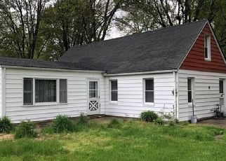 Pre Foreclosure in Toledo 43615 JUDGE DR - Property ID: 1544436634
