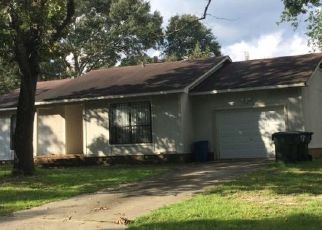 Pre Foreclosure in Fayetteville 28314 KIZER DR - Property ID: 1544639405