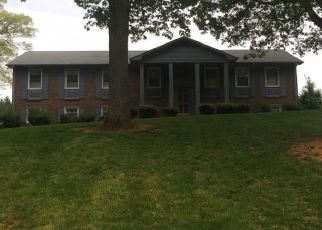 Pre Foreclosure in Pfafftown 27040 WEDGE DR - Property ID: 1544748911