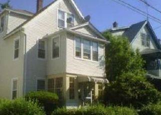Pre Foreclosure in Bridgeport 06605 MIDLAND ST - Property ID: 1545010372