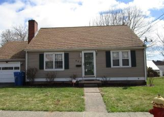 Pre Foreclosure in Meriden 06450 PARKER AVE S - Property ID: 1545047601