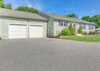 Pre Foreclosure in Meriden 06450 BEE ST - Property ID: 1545073440
