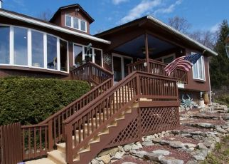 Pre Foreclosure in Belvidere 07823 LAKESIDE DR W - Property ID: 1545461935