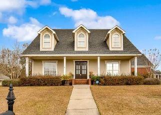 Pre Foreclosure in Mobile 36695 LUBARRETT WAY S - Property ID: 1545561339