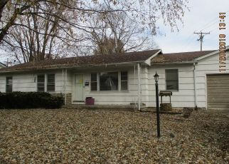 Pre Foreclosure in Louisiana 63353 FRANCES DR - Property ID: 1545629673