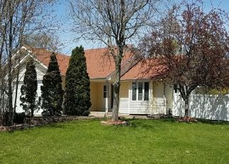 Pre Foreclosure in Minneapolis 55443 92ND AVE N - Property ID: 1545754490