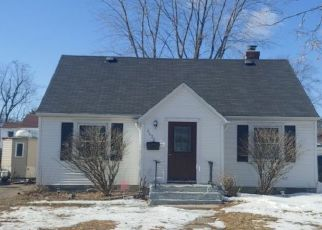 Pre Foreclosure in Minneapolis 55423 1ST AVE S - Property ID: 1545856984