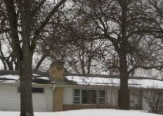 Pre Foreclosure in Minneapolis 55431 OVERLOOK DR - Property ID: 1545876690