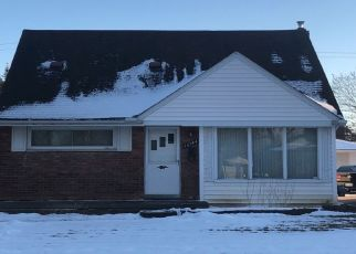 Pre Foreclosure in Eastpointe 48021 SPRENGER AVE - Property ID: 1545981807