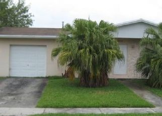 Pre Foreclosure in Miami 33157 SW 159TH TER - Property ID: 1546105303