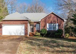 Pre Foreclosure in Greenville 29605 BLUFF POINT CT - Property ID: 1546207803