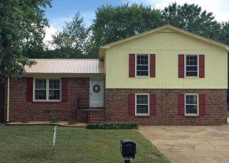 Pre Foreclosure in Huntsville 35803 SOUTHPARK BLVD SW - Property ID: 1546383867