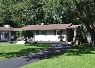 Pre Foreclosure in Toledo 43623 N CRESTRIDGE RD - Property ID: 1546435544