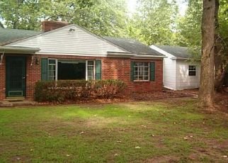 Pre Foreclosure in Sylvania 43560 SYLVAN GREEN RD - Property ID: 1546446491