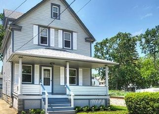 Pre Foreclosure in Lakewood 44107 BONNIEVIEW AVE - Property ID: 1546741240