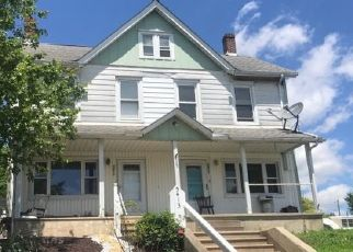 Pre Foreclosure in Whitehall 18052 HILLSIDE AVE - Property ID: 1546766204