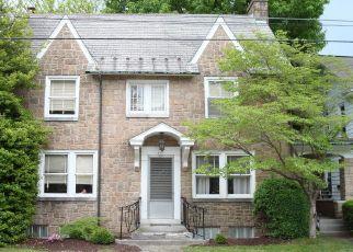 Pre Foreclosure in Elizabethtown 17022 E PARK ST - Property ID: 1546782416