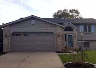 Pre Foreclosure in Hobart 46342 WILLET AVE - Property ID: 1546846806