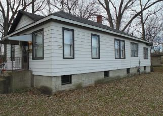 Pre Foreclosure in Gary 46403 HOBART RD - Property ID: 1546859949