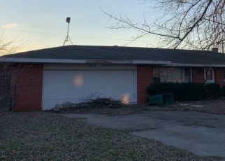 Pre Foreclosure in Merrillville 46410 ADAMS ST - Property ID: 1546868700