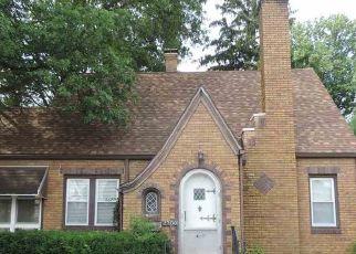 Pre Foreclosure in Terre Haute 47803 FARRINGTON ST - Property ID: 1547136744