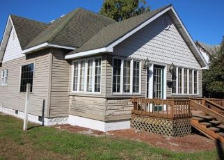 Pre Foreclosure in West Terre Haute 47885 N 8TH ST - Property ID: 1547218642
