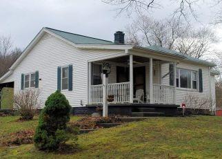 Pre Foreclosure in Petersburg 41080 WOOLPER RD - Property ID: 1547255427