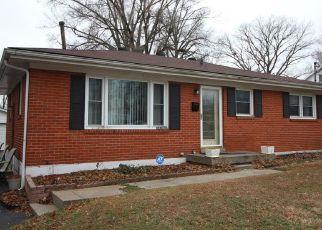 Pre Foreclosure in Louisville 40216 AUBURN DR - Property ID: 1547498952