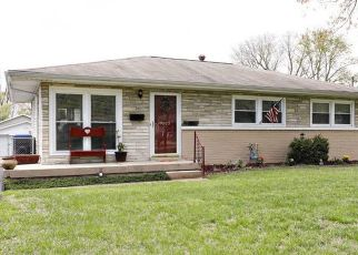 Pre Foreclosure in Louisville 40272 SCRIM AVE - Property ID: 1547505507