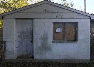 Pre Foreclosure in Louisville 40214 S 5TH ST - Property ID: 1547528280