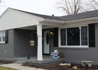 Pre Foreclosure in Louisville 40258 OAK PARK DR - Property ID: 1547547558