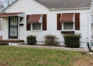 Pre Foreclosure in Louisville 40215 LEHIGH AVE - Property ID: 1547548882