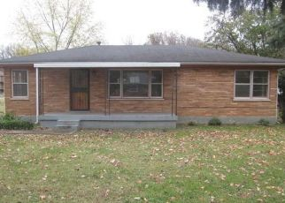 Pre Foreclosure in Louisville 40214 HAZELWOOD AVE - Property ID: 1547565962