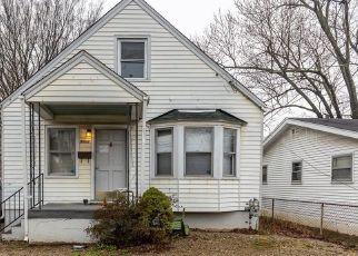 Pre Foreclosure in Louisville 40216 GRASTON AVE - Property ID: 1547573842
