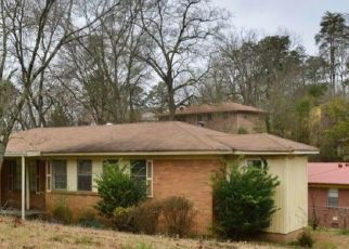 Pre Foreclosure in Fairfield 35064 PARKRIDGE AVE - Property ID: 1547640850