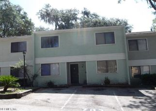 Pre Foreclosure in Jacksonville 32211 OAKS MANOR CT - Property ID: 1547754275