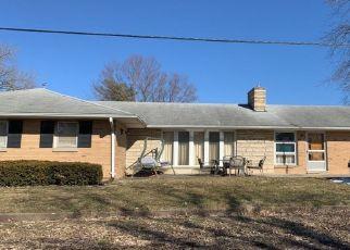 Pre Foreclosure in Colchester 62326 S ALLEN ST - Property ID: 1547827417