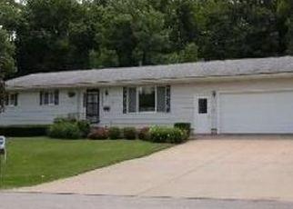 Pre Foreclosure in Coggon 52218 N LINN DR - Property ID: 1547834877