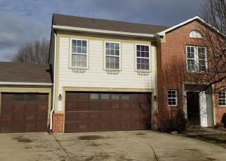 Pre Foreclosure in Carmel 46033 CRICKET CIR - Property ID: 1547857646
