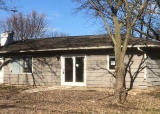 Pre Foreclosure in Crawfordsville 47933 N ENGLEWOOD DR - Property ID: 1547863780