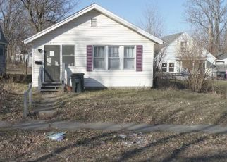 Pre Foreclosure in South Bend 46613 E DONALD ST - Property ID: 1547870339
