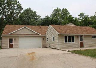 Pre Foreclosure in Fort Wayne 46809 W CEDAR CREST CIR - Property ID: 1547891359