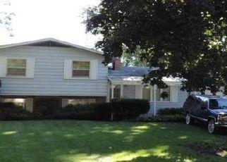 Pre Foreclosure in Elkhart 46517 BENHAM AVE - Property ID: 1547919847