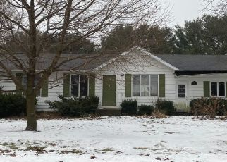Pre Foreclosure in Middlebury 46540 TWIN OAKS DR - Property ID: 1547947426