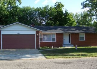 Pre Foreclosure in Warsaw 46580 TIPPECANOE DR - Property ID: 1547956627