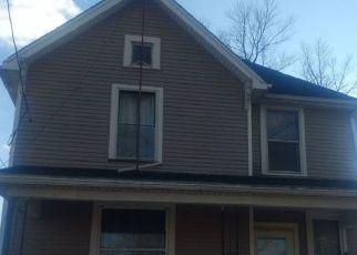 Pre Foreclosure in Huntington 46750 E MARKET ST - Property ID: 1547962763