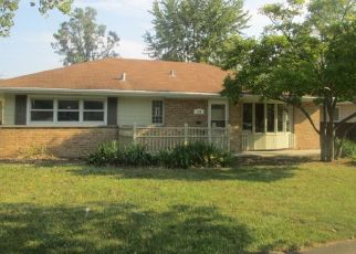 Pre Foreclosure in Park Forest 60466 BLACKHAWK DR - Property ID: 1548042914